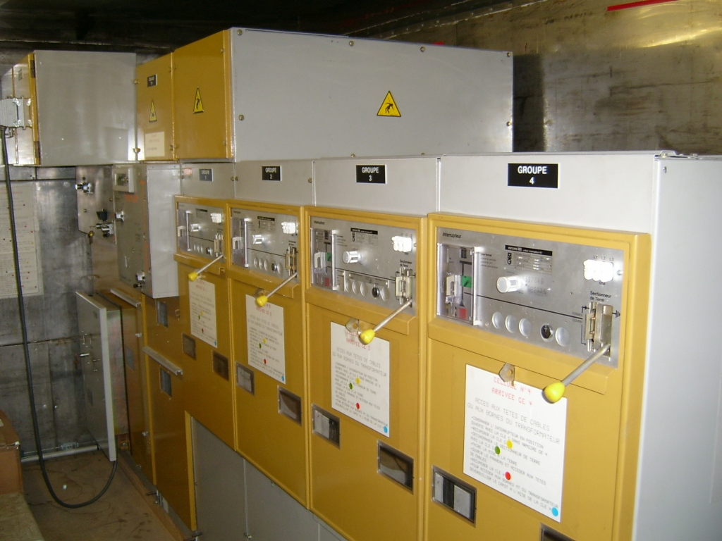 Groupes electrogenes - Armoires electriques